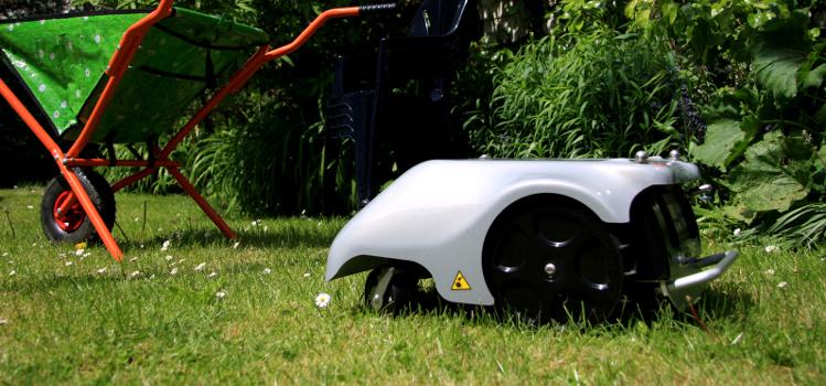 robot koszący
