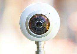 Jak wybrać kamerę 360 stopni? Jaka kamera sferyczna?