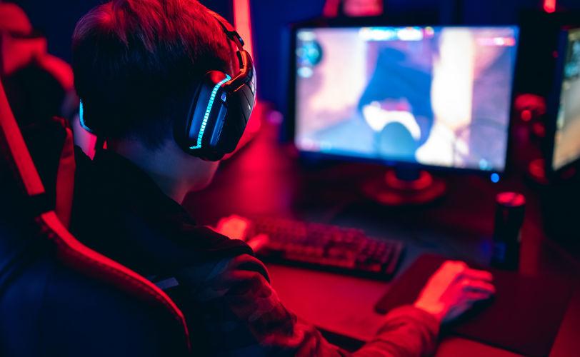 telewizor czy monitor do gier