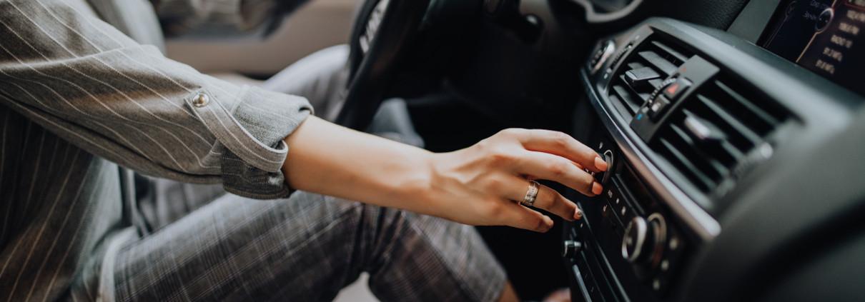 Jak podłączyć podpórki w samochodzie