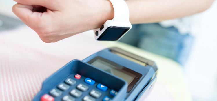 Jaki smartwatch z NFC
