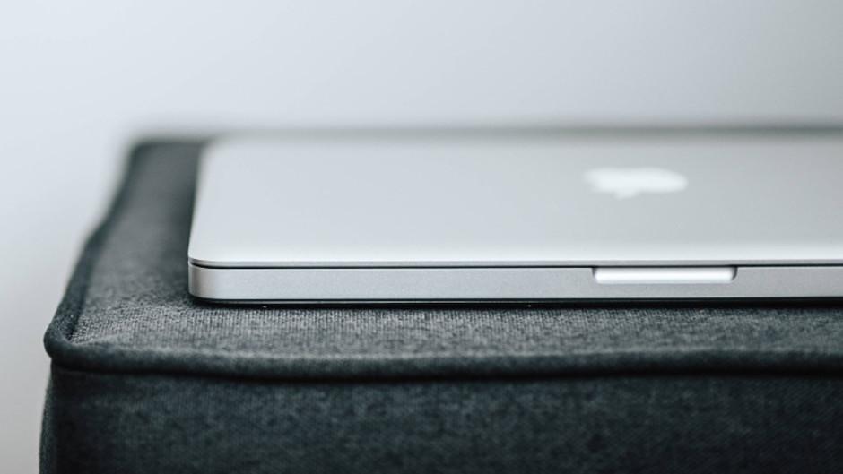 macbook do pracy